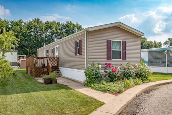 Advertise mobile homes for sale or rent